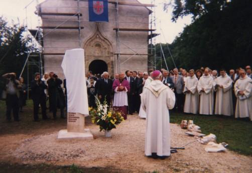 bénédiction stèle1995